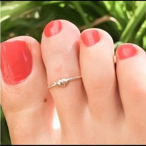 🆕✨Wire Wrapped Toe Ring💍